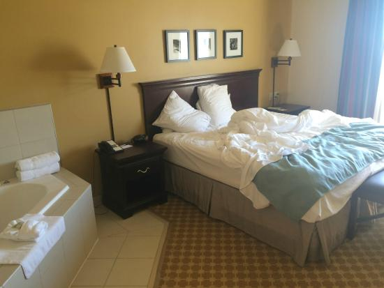 Country Inn & Suites By Carlson, Sioux Falls: king suite