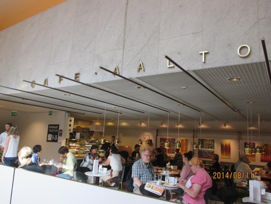 Cafe Aalto: シナモンロールが有名