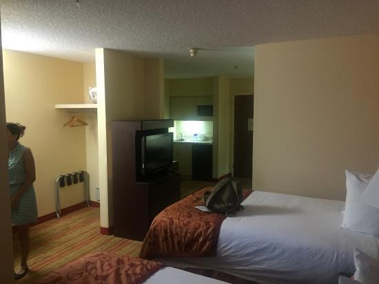 Ramada Suites Orlando Airport: photo0.jpg