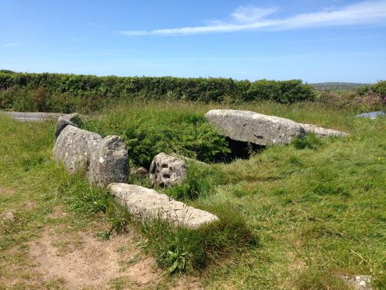St Buryan, UK: Burial Chamber view.