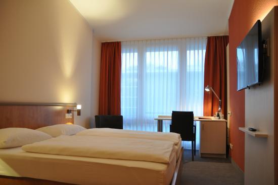 Hotel Spree-idyll: Doppelzimmer - neu renoviert im Februar 2015
