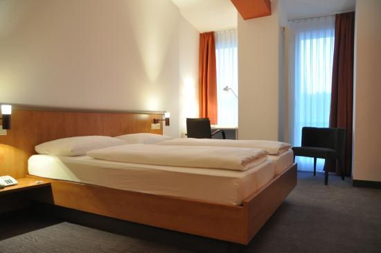 Hotel Spree-idyll: Doppelzimmer Spreeseite - neu renoviert im Februar 2015