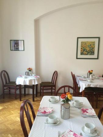 """Hotel Kalvin House: Breakfast """"room"""""""