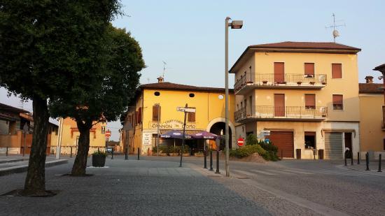 Azzano Mella Italy  city photos : ... Picture of Cannon d'oro Azzano mella, Azzano Mella TripAdvisor