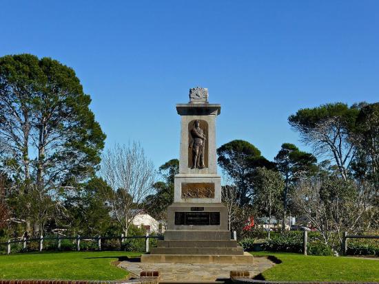Strathalbyn War Memorial