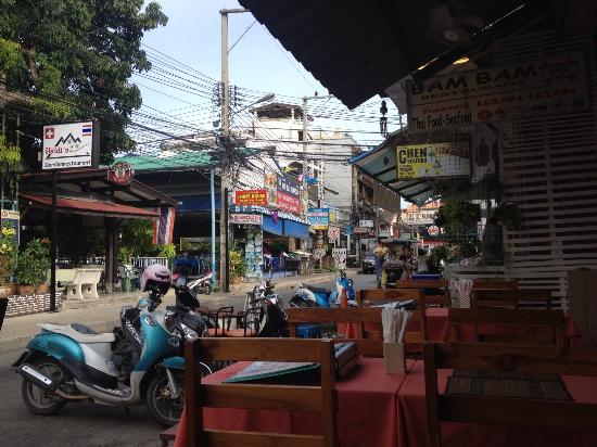 Bam Bam : Street view of Poon Suk road