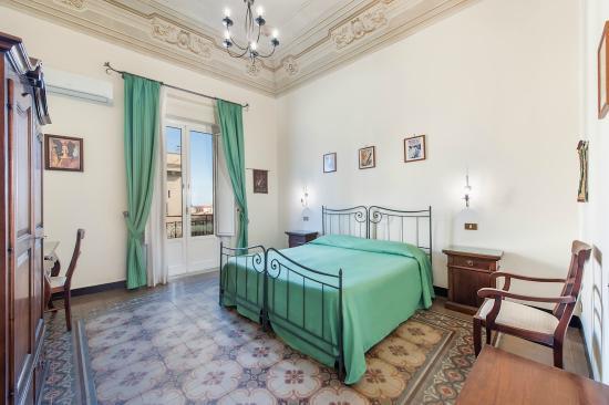 Bed & Breakfast Panormus: Double Room - Camera Doppia