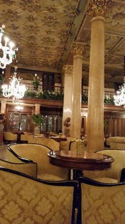Bar Dandolo: sala bar