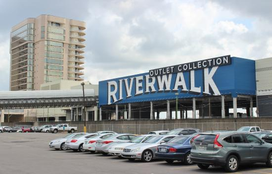 Oct 02, · The Outlet Collection at Riverwalk, New Orleans: Hours, Address, The Outlet Collection at Riverwalk Reviews: 4/5.