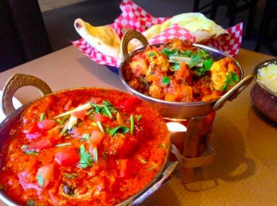 Tandori Hut Curry & Pizza : meals