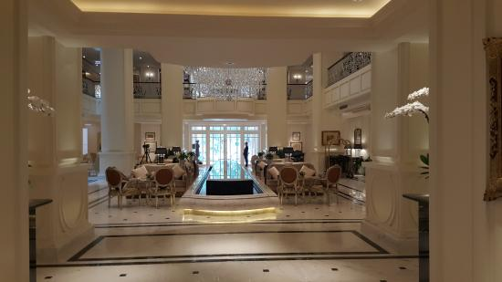 Apricot Hotel: Lobby