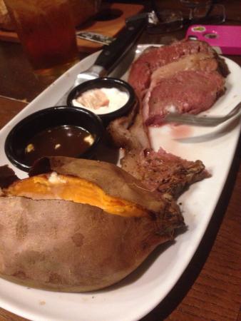 Longhorn Steak House: Prime rib