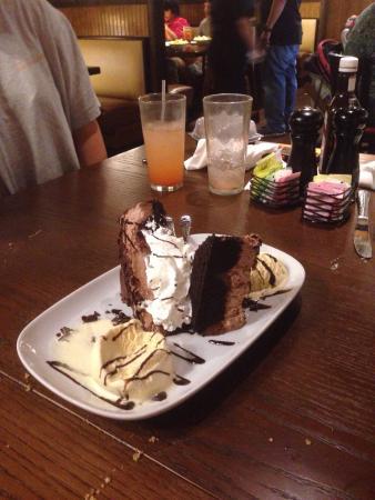 Longhorn Steak House: Chocolate stampede.