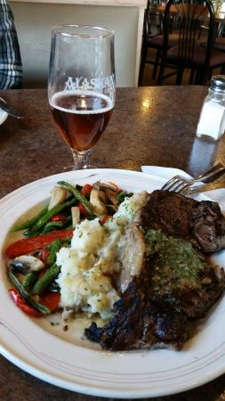 Sizzlin' Cafe: Meat plate