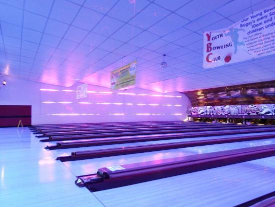 Bugsy's Tenpin Bowling