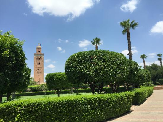koutoubia mosque and minaret photo de mosqu e et minaret de koutoubia marrakech tripadvisor. Black Bedroom Furniture Sets. Home Design Ideas