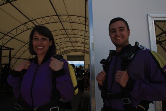 Mile-Hi-Skydiving: Still ready.