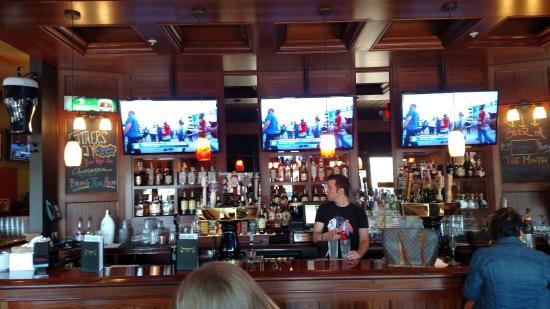 Timothy O'Toole's Pub Gurnee : Bar addition at O'Tooles