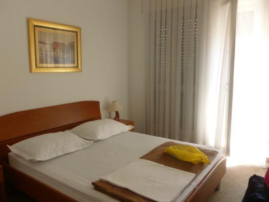 Hotel Bellevue Split: nosso quarto