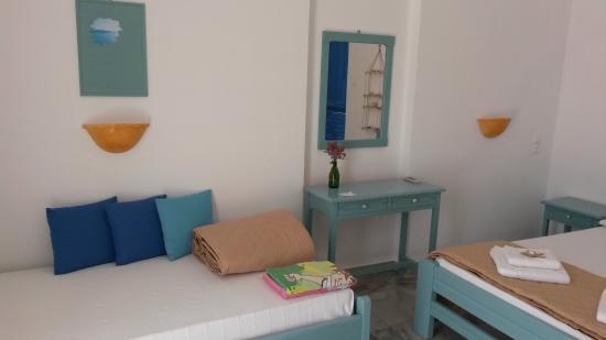 Arokaria Beach Studios: Second single bed