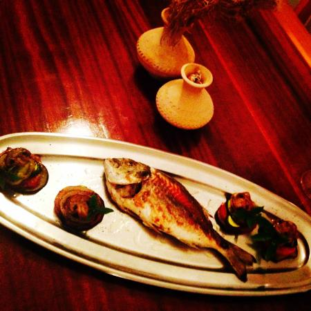 Spizza Fine Food & Drinks: ...fish on grill...