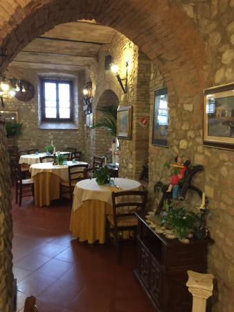 San Quirico in Collina, Italië: Ristorante da Buzzanca