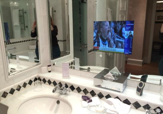 Powerscourt Hotel Autograph Collection TV In The Bathroom Mirror