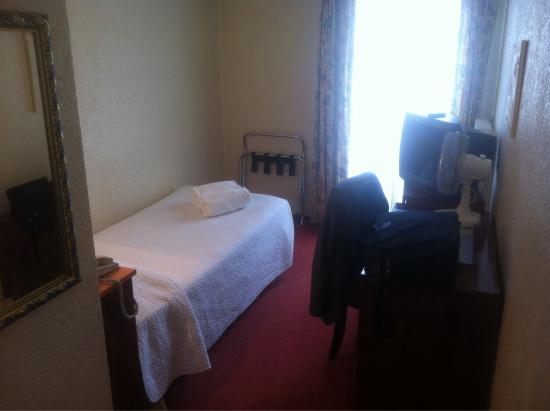 Hotel Montana: Chambre 60 au dernier étage