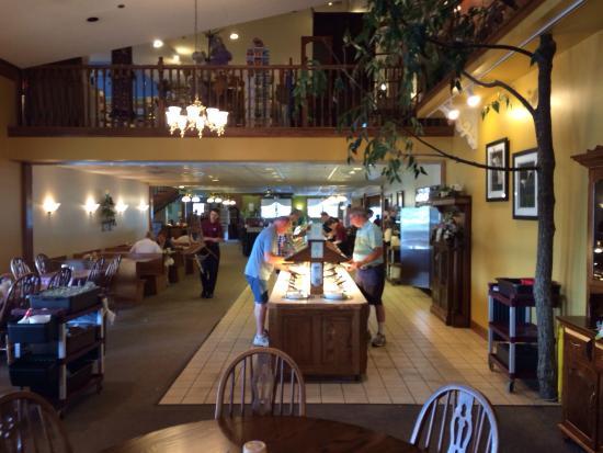 Wilmot, Ohio: Great location & food