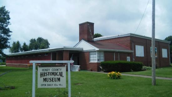 Bishop Hill, IL: Henry County Historical Museum