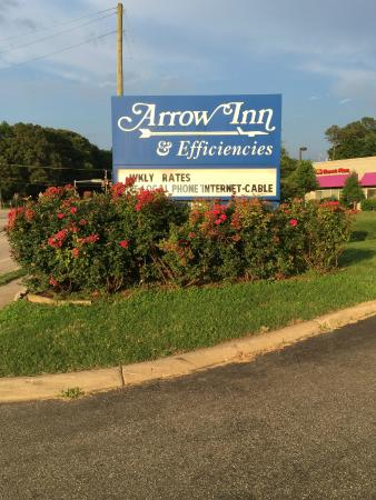 Arrow Inn & Efficiencies