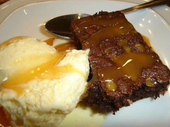Trailhead Resort: OMG Chocolate toffee brownie!