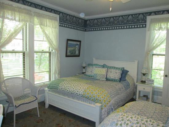 Amherst Inn: Emily's Room, with the Dickinson House thru the Window
