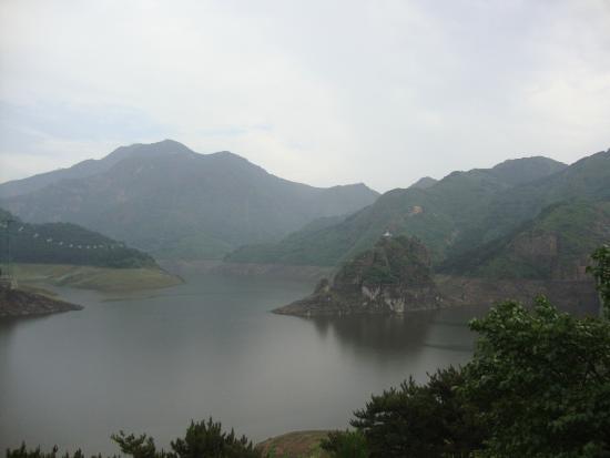 Yansai Lake: Vista lago