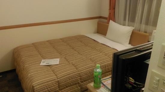 Toyoko Inn Ikebukuro Kita-guchi 1: 彈簧床, 偏硬款式.