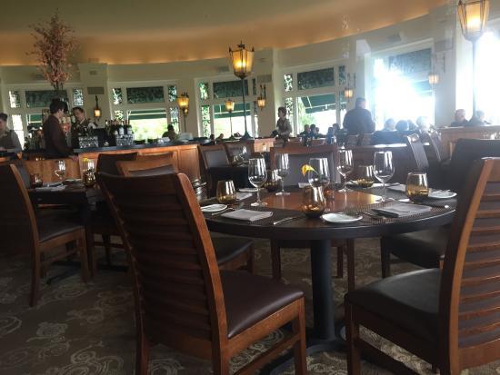Hershey circular dining