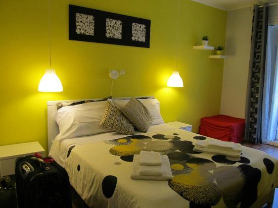 Elios Rooms: room