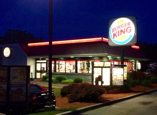 external environment of burger king Burger king will have to use pest analysis is a vital ingredient in their planning process (p) political is factors like trade restriction, environment regulations, tax policy, and employment laws that burger king will have to comply.
