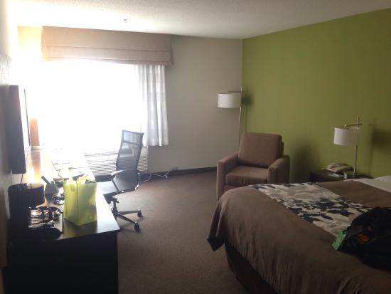 Sleep Inn & Suites Harbour Pointe: photo2.jpg