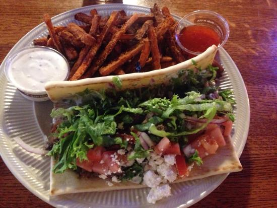 The Old Edison: The lamb gyro with sweet potato fries .... Mmmmm