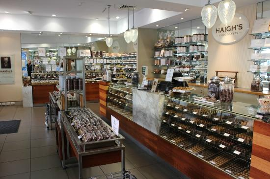 Haigh's Chocolates Glenelg: This is what you will see inside