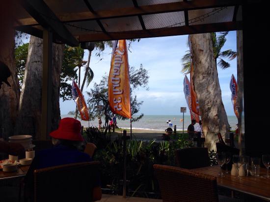 The Surf Club Palm Cove: photo0.jpg