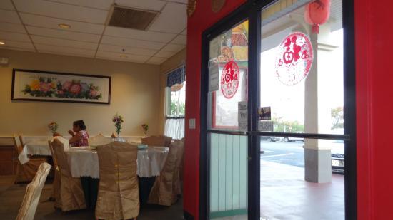 Orchid Thai Cuisine : inside the restaurant