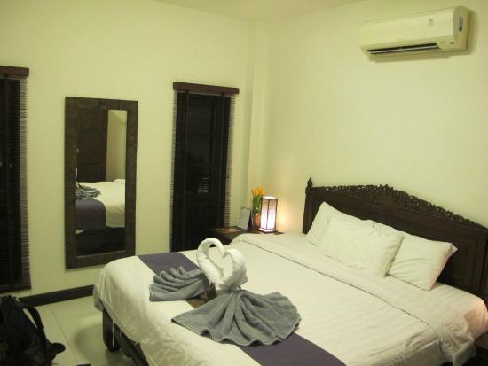 Phuket Gay Homestay - Neramit Hill: My room.