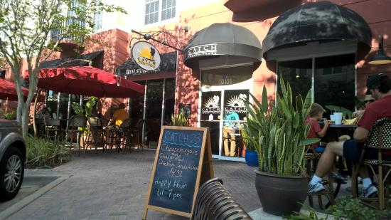 Catch Twenty Three - Tampa: Frente do restaurante