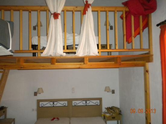 παταρι κρεβατι Κρεβάτι πατάρι   Picture of Villa Elena, Adamas   TripAdvisor παταρι κρεβατι