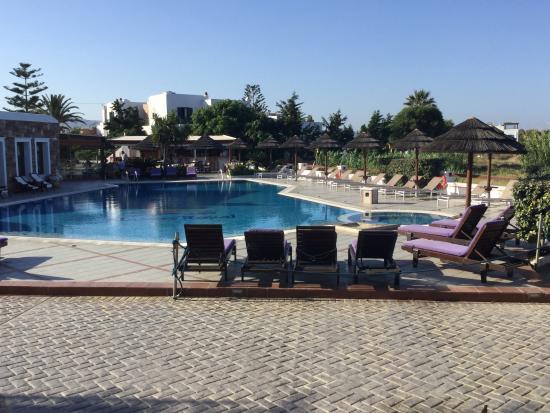 Naxos Resort Beach Hotel: Pool view