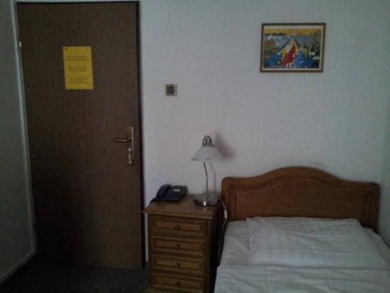 Rhein Hotel St.Martin : Single room
