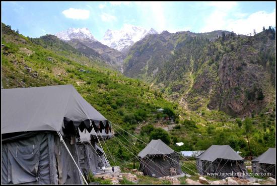 Igloo Nature Camp: A Stay just below Kinnuar Kailash Range