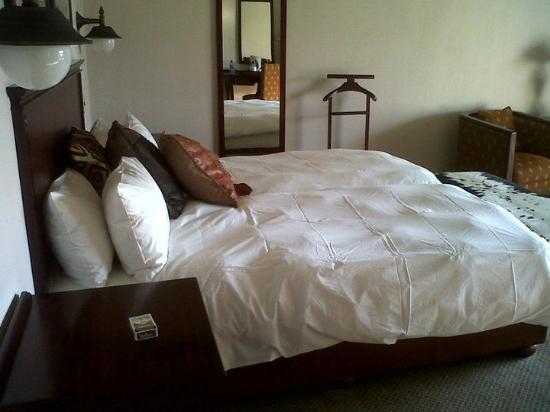 Old Traders Lodge: My bed